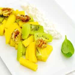 Exotisk frukt med vaniljkeso