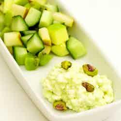 Grön fruktsallad med wasabikeso