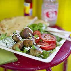 Falafelrulle med vit kebabsås