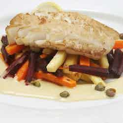 Stekt torsk med rotfrukter och senapssås